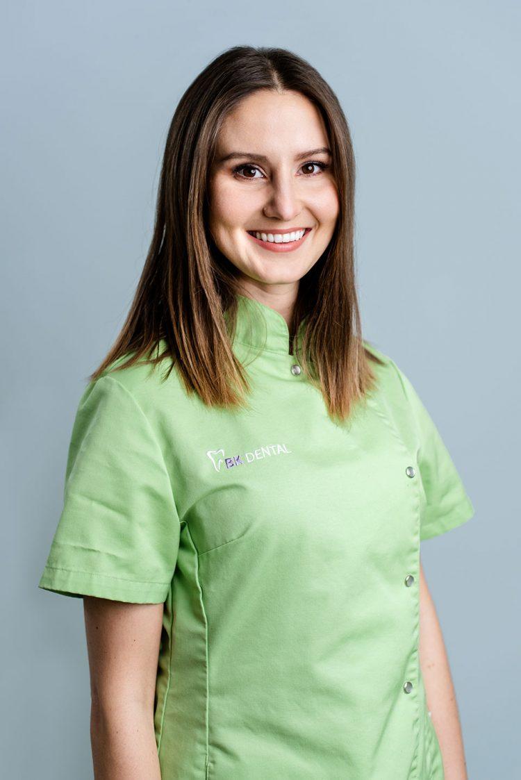 Liza Ana Černe, dr.dent.med.