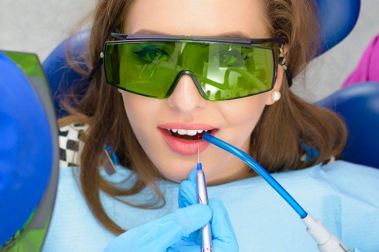 Lasersko zdravljenje zob
